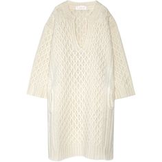 ChloéOversized Cable-knit Wool Sweater Dress (€1.950) ❤ liked on Polyvore featuring dresses, cream, wool dresses, white drape dress, sleeved dresses, cable knit dress and woolen dress