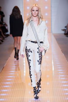 Versace Milan Fashion Week Spring 2013 Runway Looks - Best Spring 2013 Runway Fashion - Harper's BAZAAR