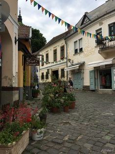 The arty atmosphere of Szentendre - enjoy a day peaceful day Central Europe, Installation Art, Hungary, World, Day, The World, Art Installations, Peace