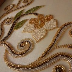Talón  #talon Zardozi Embroidery, Hand Embroidery Dress, Embroidery Neck Designs, Bead Embroidery Patterns, Tambour Embroidery, Embroidery Works, Couture Embroidery, Bead Embroidery Jewelry, Hand Embroidery Stitches
