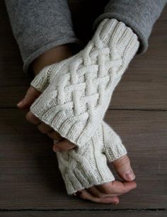 Traveling Cable Hand Warmers | Purl Soho - Create