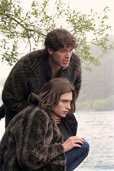 The Wolves of Kromer. Lee Williams, 90s Movies, Wolves, Films, Tv, Couple Photos, Couples, Movies, Couple Shots