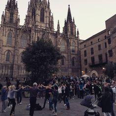 #sardanes a la #catedral de #barcelona