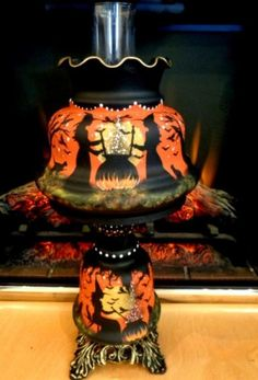 LARGE VINTAGE HALLOWEEN WITCH'S BLACK CATS 3-WAY HURRICANE TABLE LAMP By Peggy G