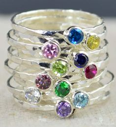Dainty apilamiento anillo de madres mamá anillo por Alaridesign