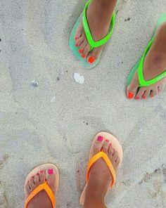 Estruja el verano al maximo y sigue disfrutando de tus mejores pedicuras y  la playa  @annas_report