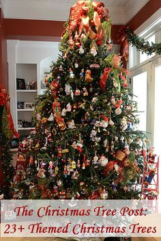 23+ Themed Christmas Tree Ideas