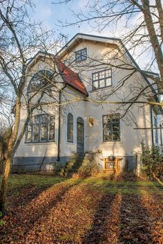 010_179282-Valleviksv97-11 Beautiful Buildings, Beautiful Homes, Storybook Homes, Apartment Goals, Swedish House, Scandinavian Home, House Goals, Architecture, Old Houses
