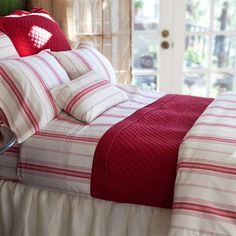 Raspberry stripe bedding