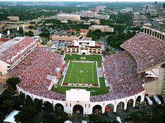 University of Texas Darrell K Royal – Texas Memorial Stadium |   UT, husband's school