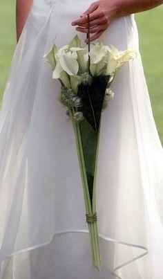 Floral composition for the bride bouquet Bridal Flowers, Flower Bouquet Wedding, Floral Wedding, Bride Bouquets, Floral Bouquets, Floral Umbrellas, Lily Bouquet, Flower Bag, Floral Bags