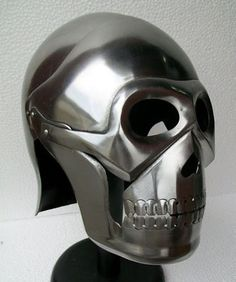 Skeleton armour helmet