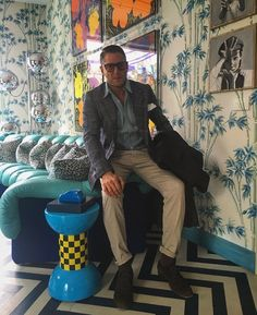 #LapoElkann Lapo Elkann: out for Business . #doitbetter #lifeinthefastlane