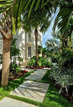 Cool Tropical Outdoor Design Ideas
