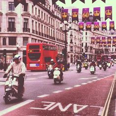 #scooterclub #regentstreet #london by @bolts_