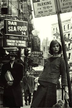 Jean-Shrimpton-New-York-1962-by-David-Baile