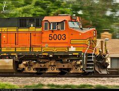RailPictures.Net Photo: BNSF 5003 BNSF Railway GE C44-9W (Dash 9-44CW) at Longmont, Colorado by John Crisanti Diesel Locomotive, Steam Locomotive, Longmont Colorado, Bnsf Railway, Rail Transport, Train Pictures, Train Journey, Train Tracks, Model Trains