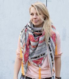 Tutoriel DIY: Coudre un foulard triangle à franges via DaWanda.com