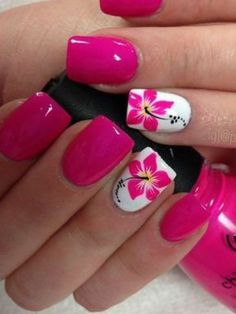 Cool Tropical Nails Designs for Summer - Nails - Nageldesign Tropical Nail Designs, Floral Designs, Tropical Nail Art, Nail Designs For Summer, Tropical Flower Nails, Hibiscus Nail Art, Bright Nail Designs, Summer Gel Nails, Summer Vacation Nails