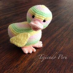 Patito tejido a crochet (amigurumi) en colores pastel... un detalle para Pascua :)También es un lindo regalo para bebés o niños!.El paso a paso para tejerlo ya está en nuestra página web: www.tejiendoperu.com