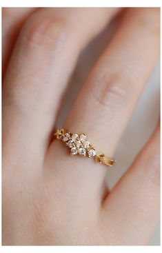 Gold Ring Designs, Gold Bangles Design, Gold Earrings Designs, Gold Jewellery Design, Ring Design In Gold, Simple Ring Design, Wedding Ring Designs, Gold Jewelry Simple, Gold Rings Jewelry