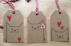 diy gifts These tagged envelopes add a first-class touch to your first-class mail. Perfect for gifts too! Get the DIY instructions at Oh Crafts. Cat Crafts, Arts And Crafts, Christmas Tag, Christmas Crafts, Creative Christmas Gifts, Handmade Christmas, Halloween Crafts, Diy Paper, Paper Crafting