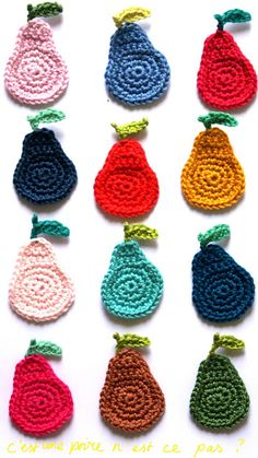 How to crochet simple pears by Ingthings. Should I ever learn to crochet. Crochet Fruit, Crochet Food, Love Crochet, Crochet Motif, Diy Crochet, Crochet Crafts, Yarn Crafts, Crochet Flowers, Crochet Stitches