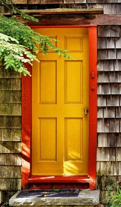 We'd love to make more colourful doorsets at Curtis. This door - Woodbridge, Connecticut