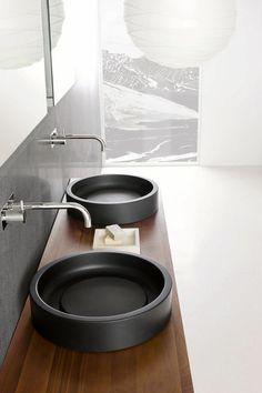 Circular Inkstone lavabo sinks by Steve Leung for Neutra Bathroom Sink Design, Bathroom Interior Design, Home Interior, Bathroom Sinks, Black Bathroom Sink, Modern Sink, Modern Bathroom, Black Sink, Minimalist Bathroom