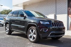 Jeep Grand Cherokee Limited 2015 - Book your test drive & buying a new jeep car model at Keema Cars or Keema Automotive Group. Come and visit our family owned car showroom and operated dealership at south of CBD.