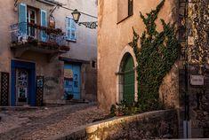 ღღ Seillans, Côte d'Azur - French Charm