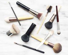 DIY Natural Makeup Brush Cleaner
