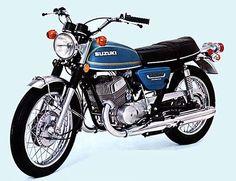 Sunday Salon: Suzuki – The Best Bike (Almost) Nobody Remembers Moto Suzuki, Suzuki Bikes, Suzuki Cars, Honda Bikes, Suzuki Motorcycle, Honda Motorcycles, Honda Cb, Japanese Motorcycle, Retro Motorcycle