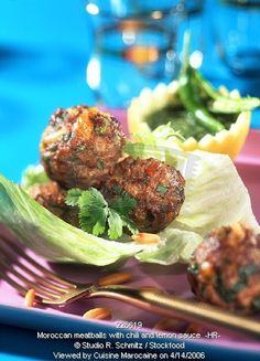 أشهر وصفات الطبخ المغربي بالصور : مطبخ ام ايمن Moroccan meatballs with chilli and lemon sauce
