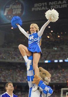 university of kentucky cheerleader College Cheerleading, Cheerleading Pictures, Ncaa College, University Of Kentucky, Kentucky Wildcats, Kentucky Basketball, Oreo Popcorn, Flavored Popcorn, Aloo Tikki Recipe