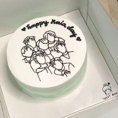 Pretty Birthday Cakes, Pretty Cakes, Bts Cake, Simple Cake Designs, Korean Cake, Pink Sweets, Pastel Cakes, Bts Birthdays, Fake Cake