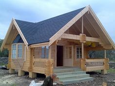 Chalets en bois www. Cabin House Plans, Tiny House Cabin, Log Cabin Homes, Tiny House Plans, Cabin Kits, Cottage Plan, Cottage Homes, Style At Home, Granny Pods