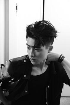 The world of new boy band EXO-K and EXO-M presented by S.Entertainment is opened! The first mini album title song 'MAMA' of EXO-K and EXO-M has been releas. Kyungsoo, Kaisoo, Exo Ot12, Exo Album, Kim Minseok, Exo Korean, Exo Do, Do Kyung Soo, Kpop Exo