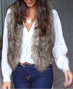 Follow-back Faux Fur Vest