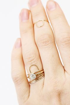 These simple little bands are gorgeous! I live how they accentuate a bolder center piece.