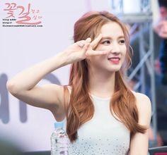 - [HQ] 160708 • Sally • Bundang Fansign. - cr: flowerroad0828 #구구단 #gugudan #gu9udan #gx9 #sally #sallygx9 #sallygugudan #jellyfishentertainment #jelpigirls #kpop #korean #fantaken