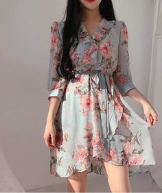 Image in dresses 👗 collection by Zahraa A. Frock Fashion, Korean Fashion Dress, Ulzzang Fashion, Asian Fashion, Fashion Dresses, Cute Skirt Outfits, Girly Outfits, Pretty Outfits, Pretty Dresses