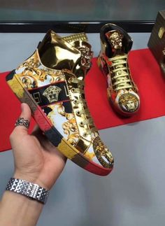 Versace for Sale in Orlando, FL - OfferUp Versace Sneakers, Versace Shoes, Versace Men, Mens Fashion Shoes, Sneakers Fashion, Trending Shoes For Men, Zapatillas Louis Vuitton, Hype Shoes, Fresh Shoes