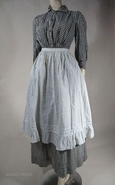 """Gingham calico """"prarie dress"""" and apron, of the period. 1890s Fashion, Victorian Fashion, Vintage Fashion, Antique Clothing, Historical Clothing, Women's Clothing, Prarie Dress, English Dress, Vintage Outfits"""