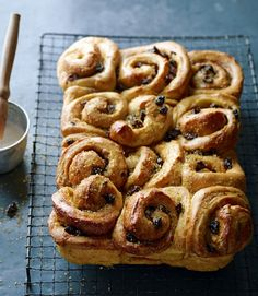 ... - Buns - Rolls on Pinterest | Sticky buns, Donuts and Cinnamon rolls