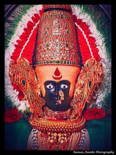 Mahalaxmi Temple in Kolhapur Lord Durga, Durga Kali, Shiva Shakti, Krishna Hindu, Hindu Deities, Indian Goddess, Goddess Lakshmi, Shri Ram Wallpaper, Kali Tattoo