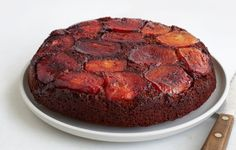 apple-molasses-upside-down-cake-840x536.jpg