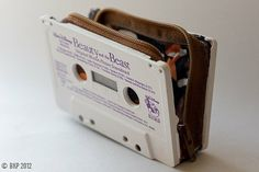 Buy Melrose Place cassette wallet by pocketetc on Etsy at Wish - Shopping Made Fun Upcycled Crafts, Diy And Crafts, Diy Recycling, Reuse Recycle, Melrose Place, Idee Diy, Beauty And The Beast, Diy Fashion, Creations