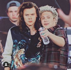 One Direction Images, One Direction Wallpaper, Niall Und Harry, Niall Horan Baby, Foto One, Taylor Swift Music, Harry Styles Pictures, Mr Style, Best Friendship