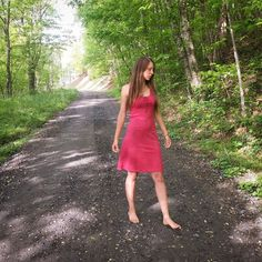 Its always an adventure on the road less traveled.  Sneak peak of todays photoshoot.  Wearing @artefactoapparel stunning dress made from hemp. Super comfortable plus it's  ecofriendly and sustainable. Woohoo  Jewels found at @dieselboutique  #boho #bohemian #gypsy #hempclothing #sustainable #ecofriendly #hempclothing #organic #forest #naturalfibers #organichemp #dress #dieselboutique #theroadlesstraveled #hemp #longhairdontcare #exploring #wanderlust #hippy #outdoors #mountain #explore…